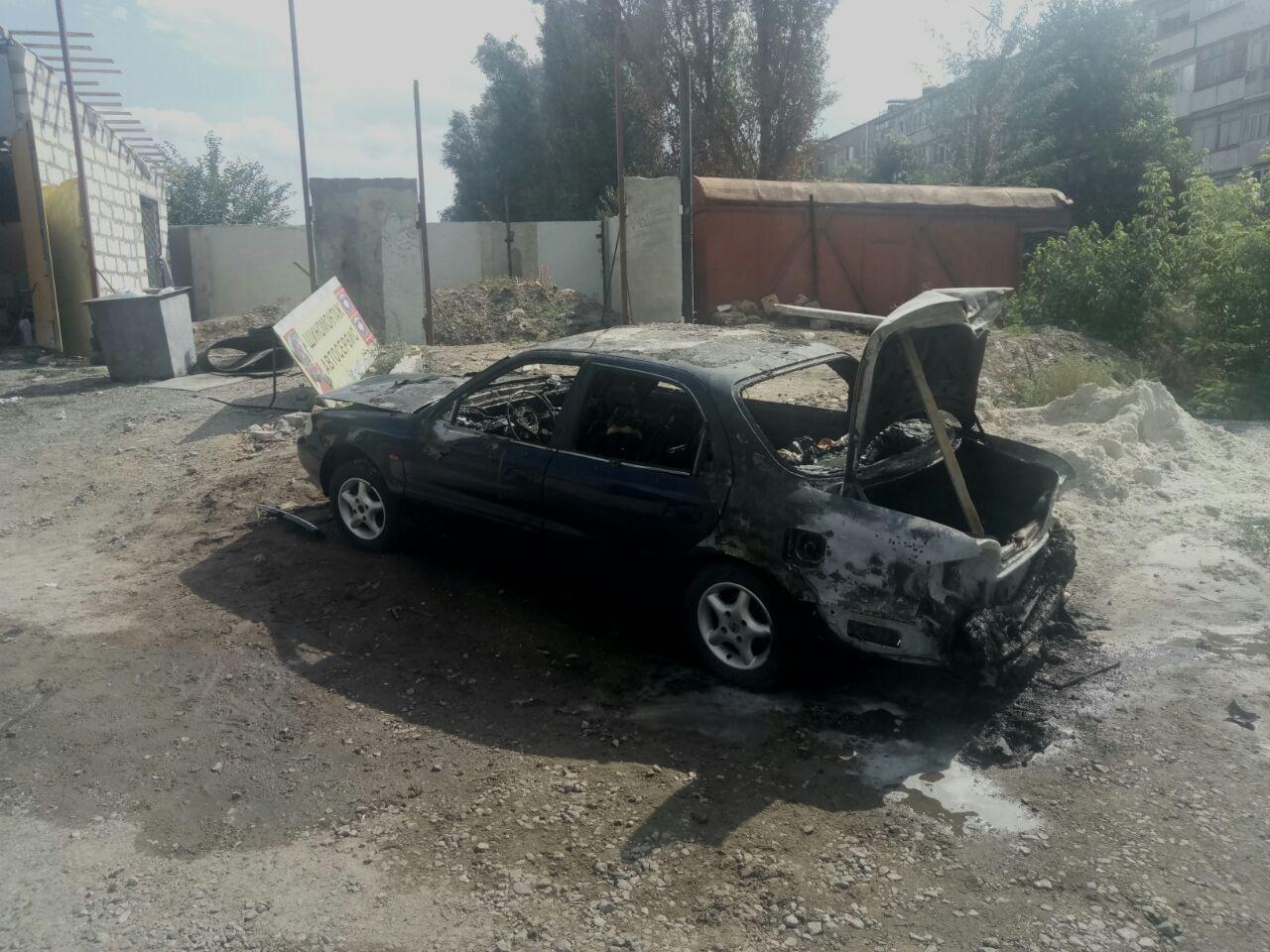В Мелитополе на СТО взорвался автомобиль, фото-1