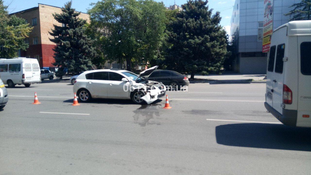 В центре Мелитополя произошло массовое ДТП, - ФОТО, фото-5
