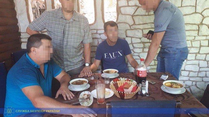В Мелитополе задержали  на взятке подполковника налоговой милиции, фото-1