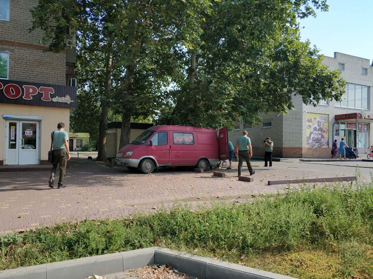 В Мелитополе стихийный торговец заплатит сразу два штрафа, фото-3