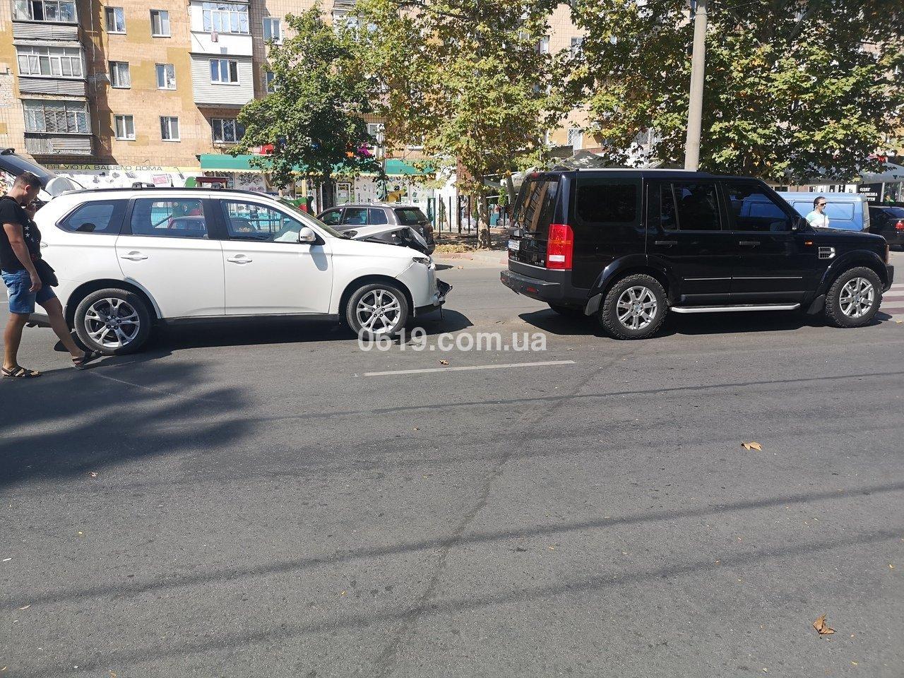 В Мелитополе столкнулись две иномарки, - ФОТО, фото-2