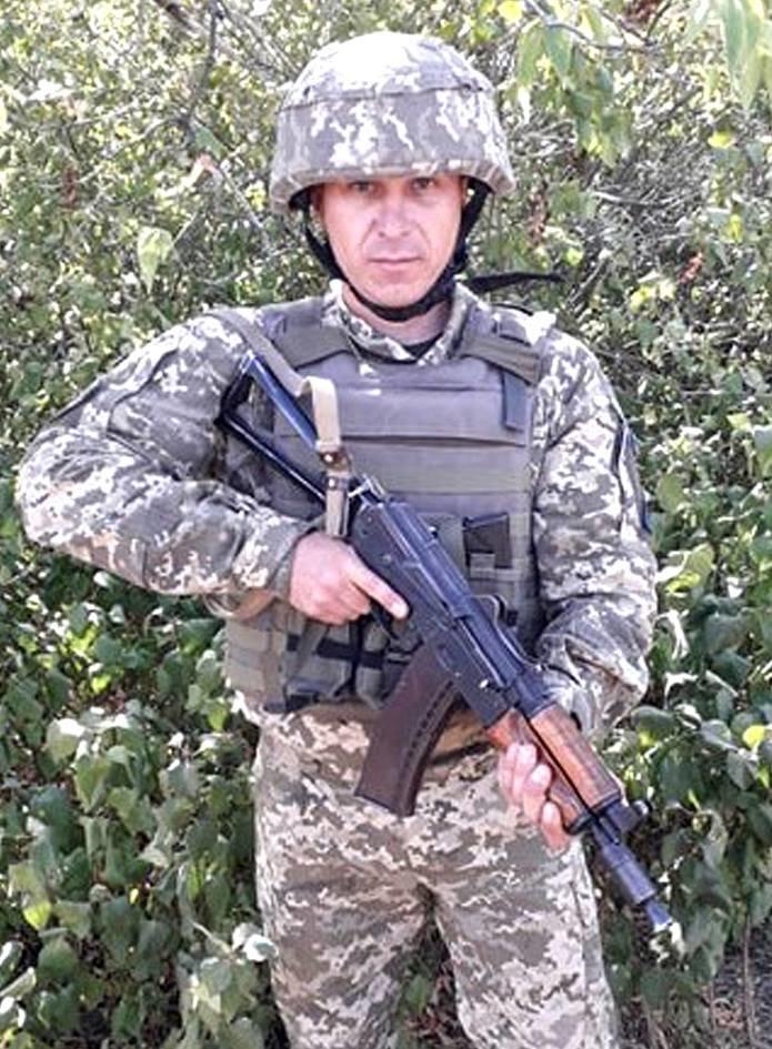 В Мелитополе задержали мужчину, который проник на военный аэродром, фото-1