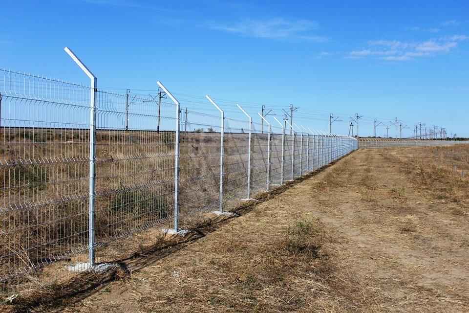 В Акимовке строят солнечную электростанцию, - ФОТО, фото-1