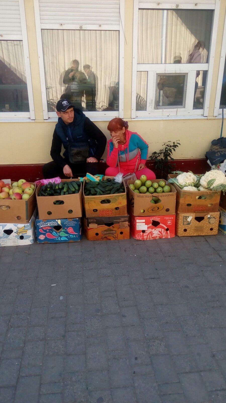 В Мелитополе продолжают борьбу со стихийной торговлей, фото-3