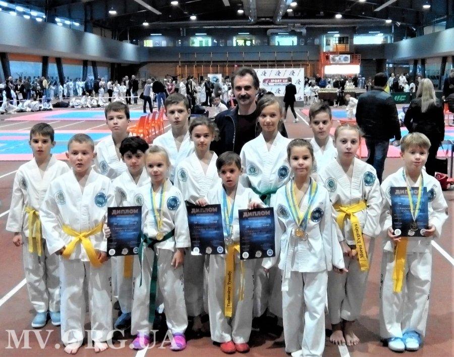 Мелитопольские таэквондисты стали призерами престижных соревнований , фото-1