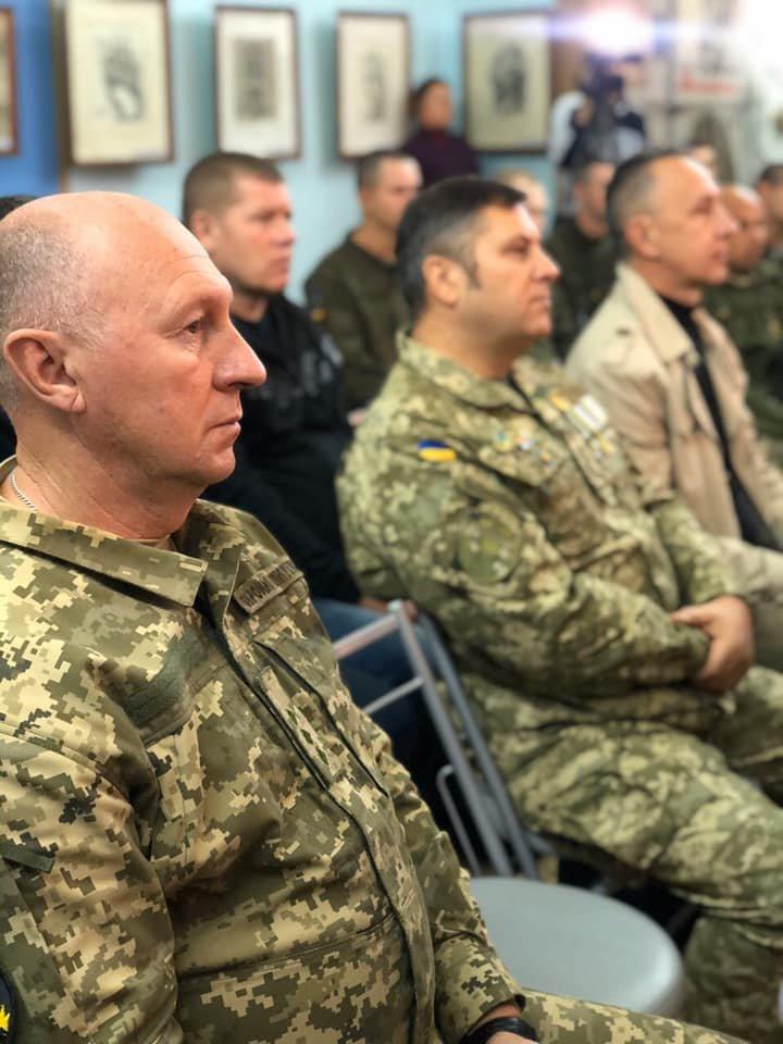В Мелитополе наградили защитников Украины , фото-1, Фото с сайта Мелитопольского горсовета