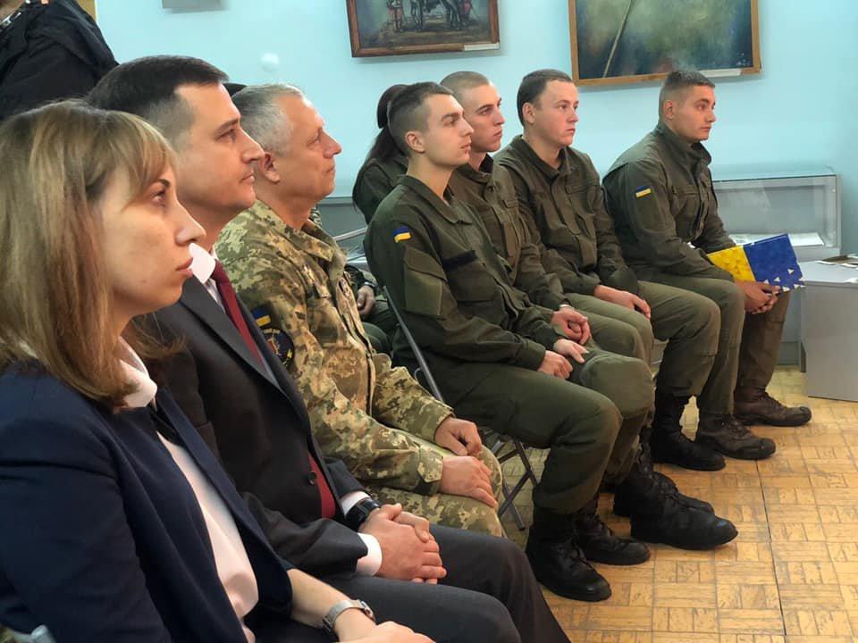 В Мелитополе наградили защитников Украины , фото-2, Фото с сайта Мелитопольского горсовета
