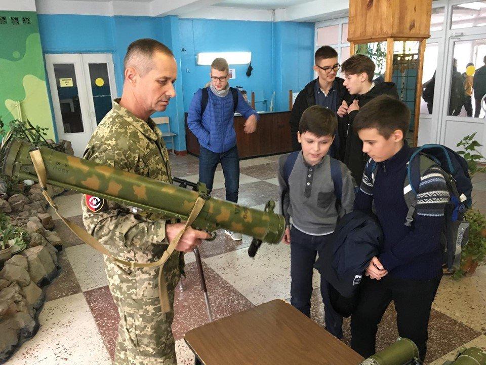 Для мелитопольских школьников провели урок патриотизма , фото-2