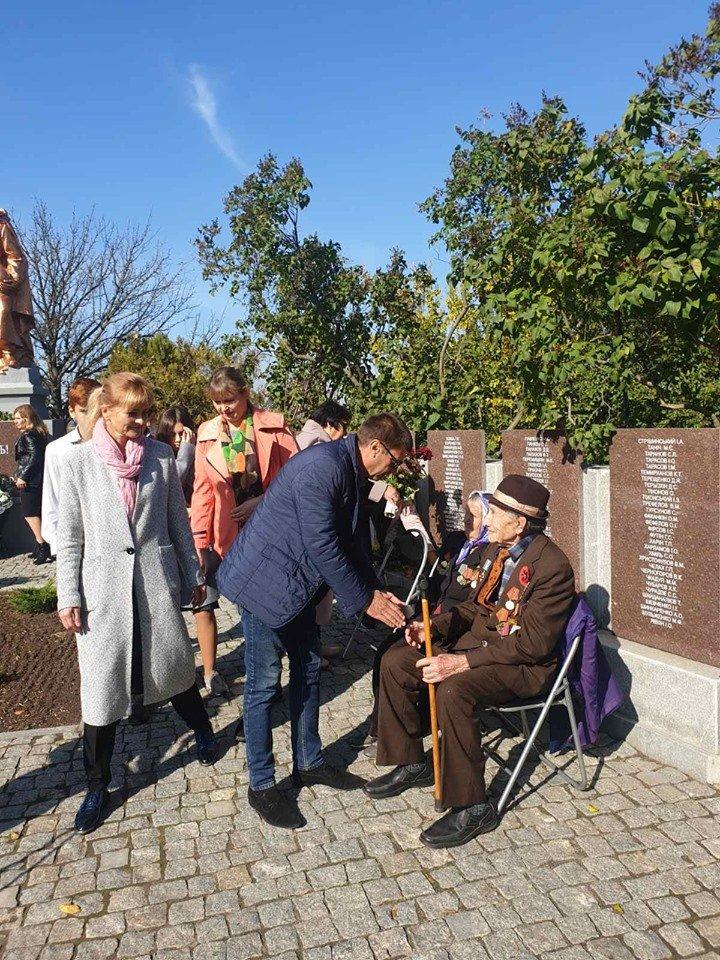 В селе под Мелитополем почтили память павших воинов , фото-4, Фото со страницы Константиновского сельсовета в Фейсбук