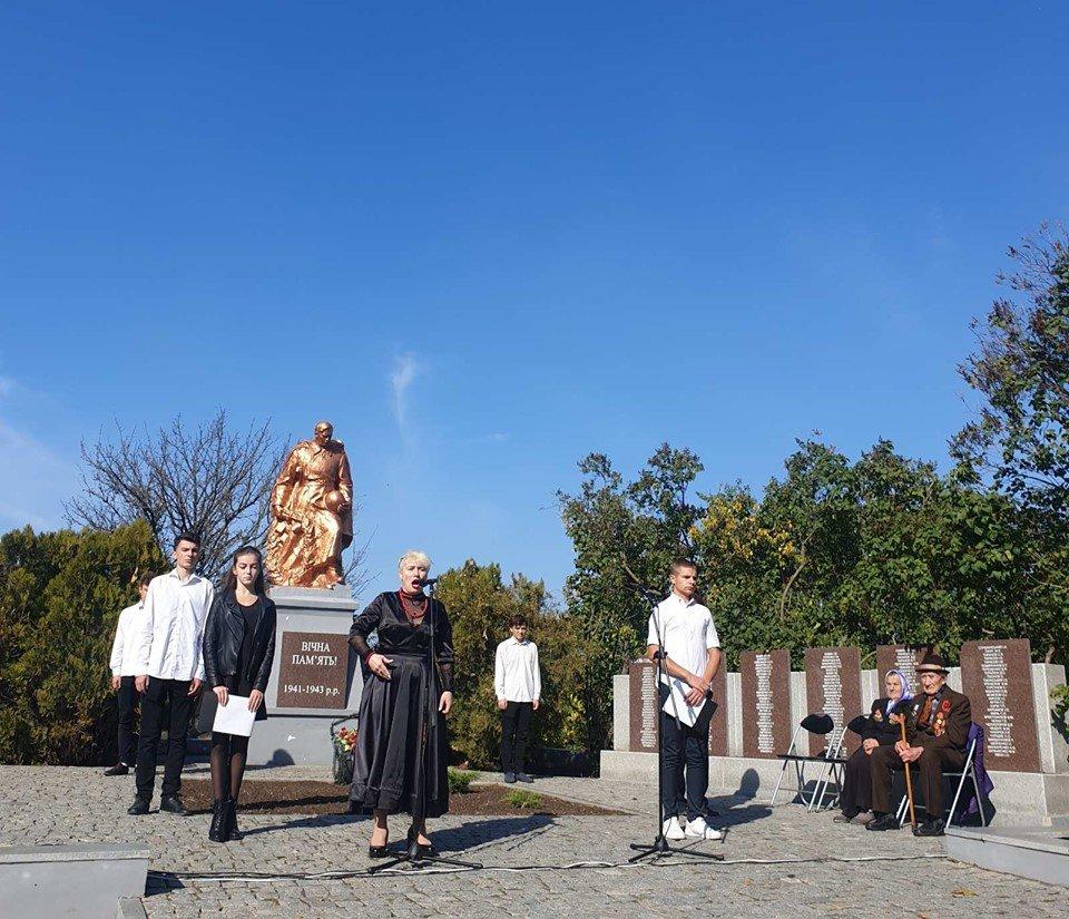 В селе под Мелитополем почтили память павших воинов , фото-8, Фото со страницы Константиновского сельсовета в Фейсбук