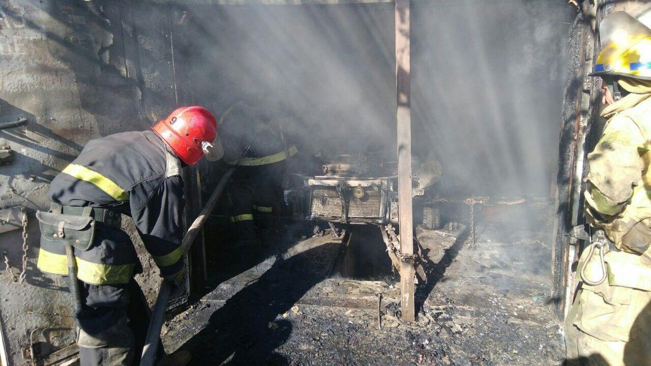 В Мелитополе мужчина пострадал, пытаясь потушить пожар в гараже, - ФОТО, фото-2