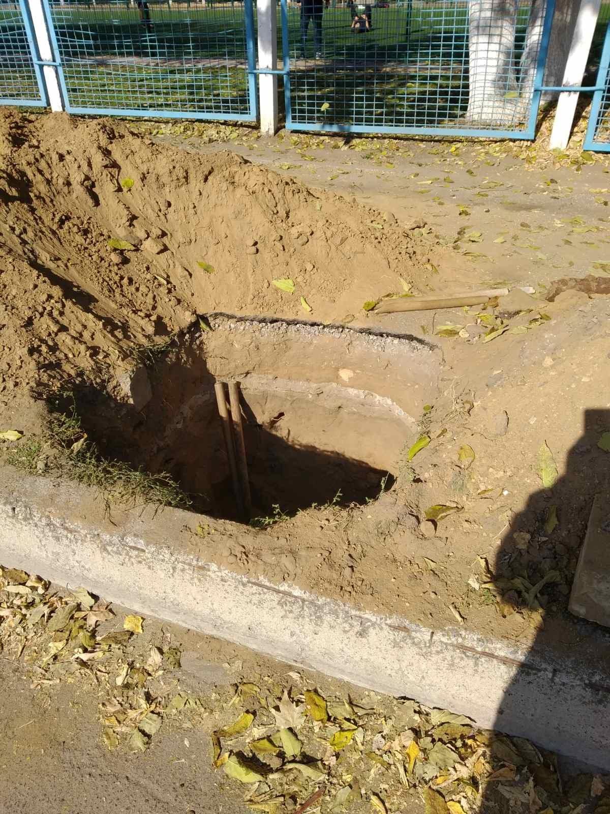 Мелитополец заплатит за испорченный тротуар , фото-2