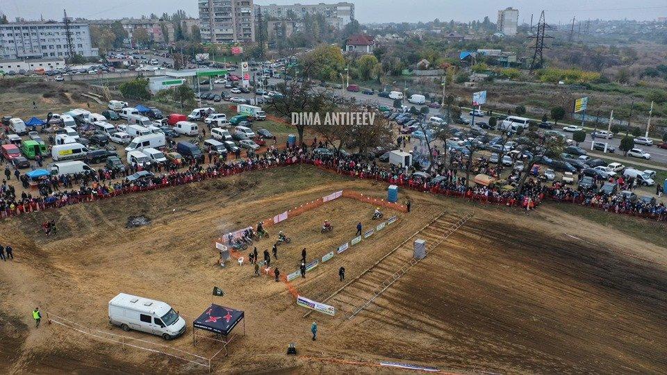 В Мелитополе соревновались лучшие гонщики Украины , фото-1, Фото Дмитрия Антифеева