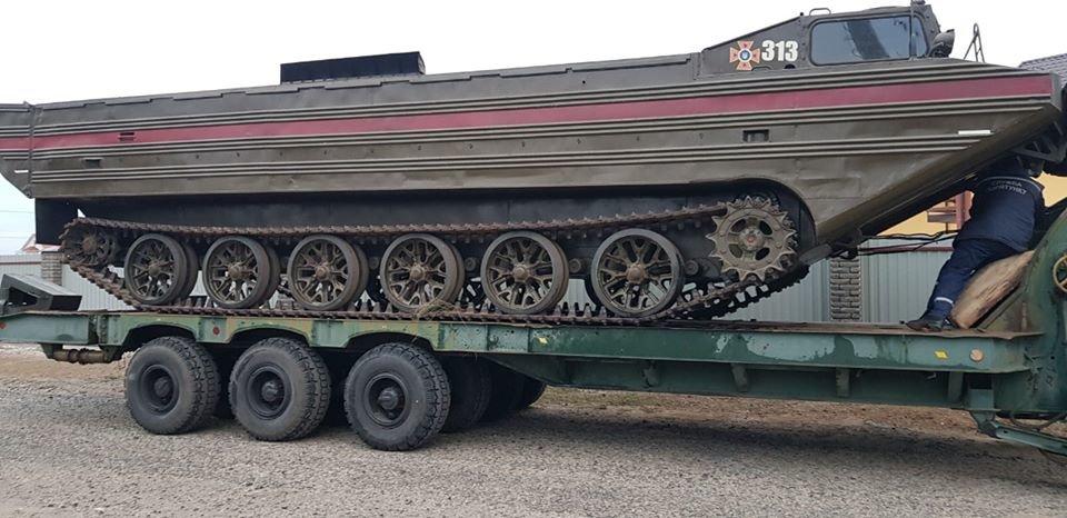 Спасатели ликвидируют последствия непогоды в Кирилловке, - ФОТО, фото-1