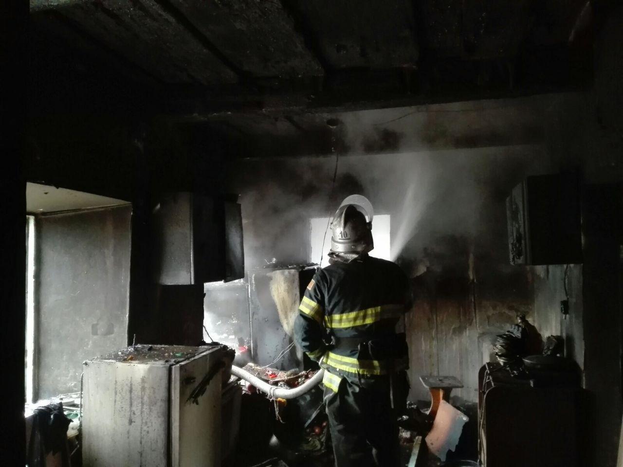 В Мелитопольском районе загорелся жилой дом, - ФОТО , фото-4