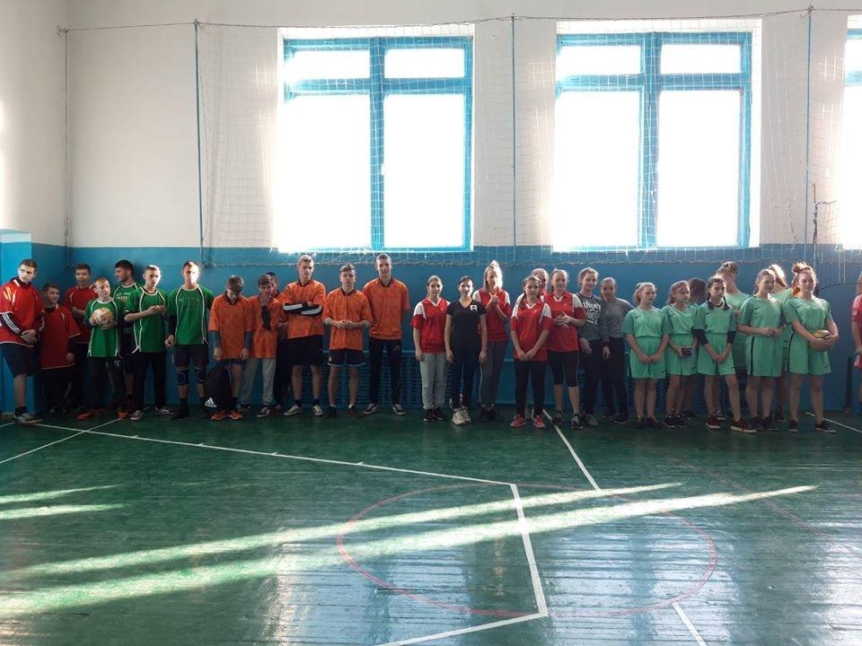 В Мелитопольском районе прошли соревнования по волейболу среди школьников, фото-2