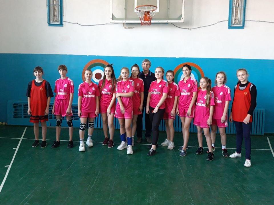 В Мелитопольском районе прошли соревнования по волейболу среди школьников, фото-1