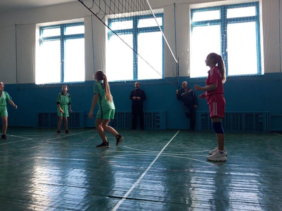 В Мелитопольском районе прошли соревнования по волейболу среди школьников, фото-3