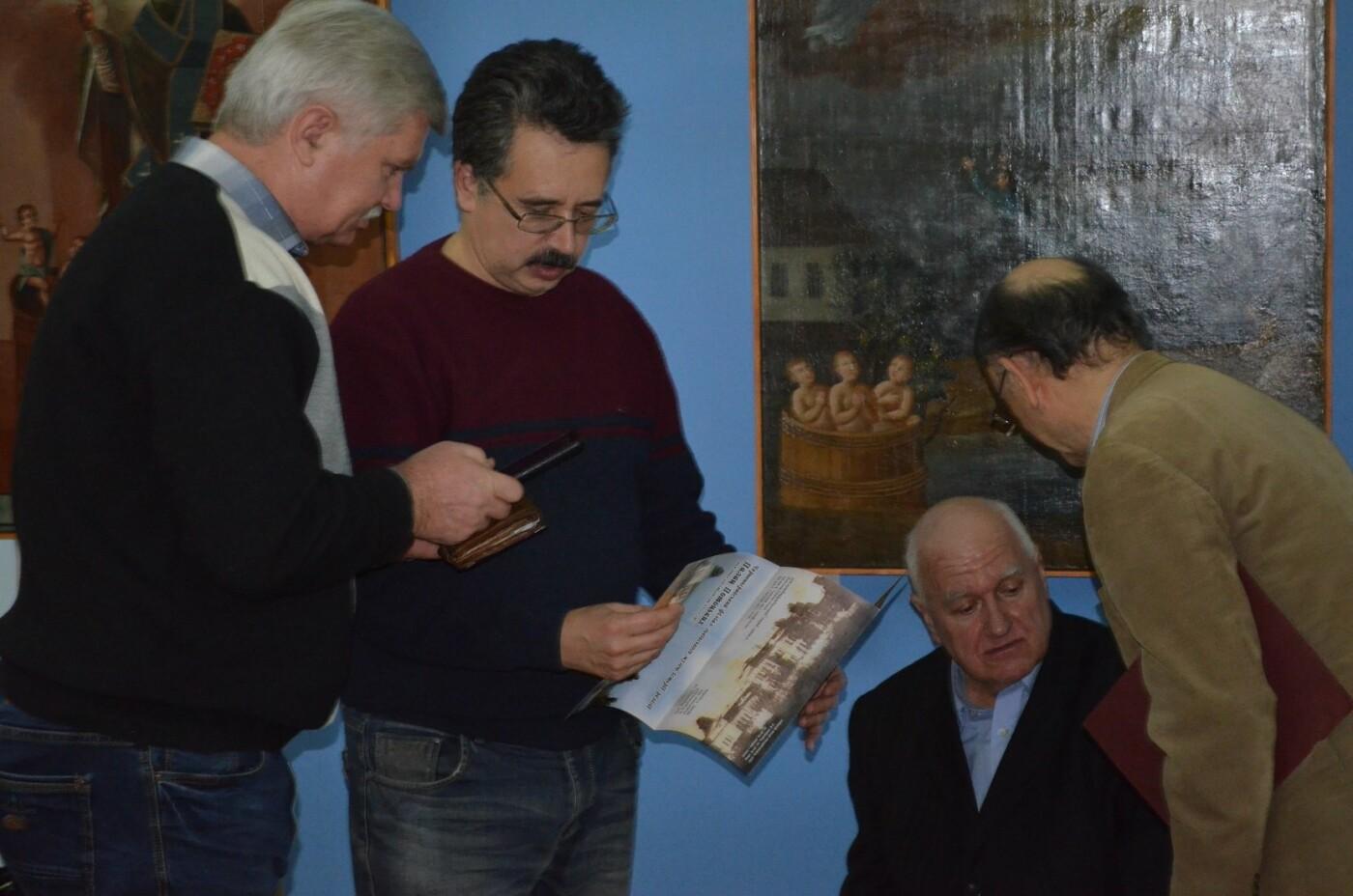 В мелитопольском музее открылась выставка икон Святого Николая, - ФОТО, фото-3