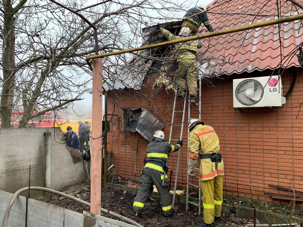Спасатели прокомментировали пожар в Мелитополе, - ФОТО, фото-2