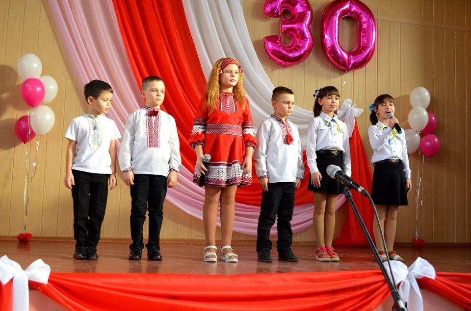 Одна зі шкіл Мелітопольського району відзначила ювілей, - ФОТО, фото-7, Фото зі сторінки Семенівської громади в Фейсбук