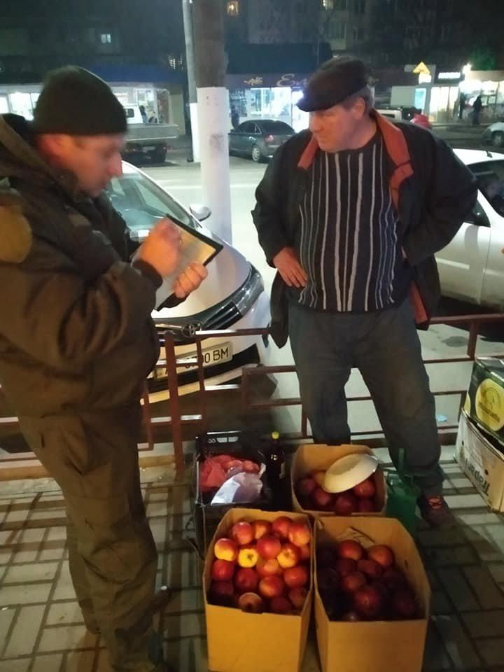 У Мелітополі штрафували призвідників стихійної торгівлі, фото-1