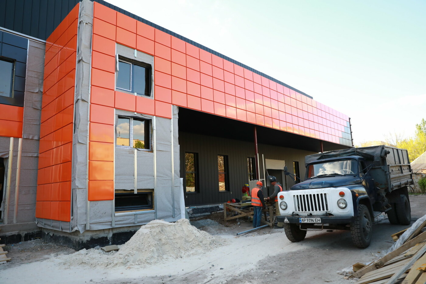 У Мелітополі продовжують будувати водно-спортивний комплекс, фото-1