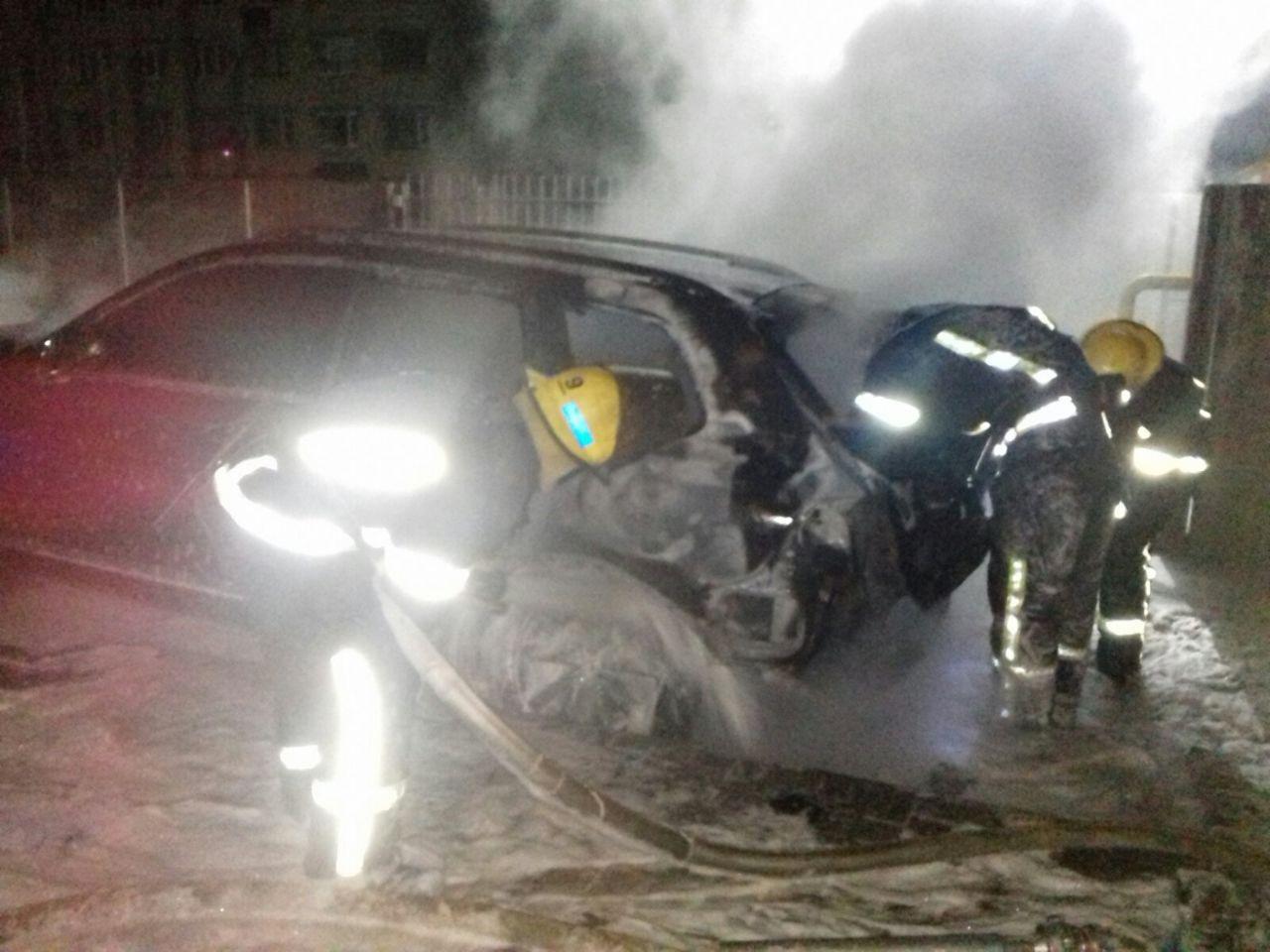 В Мелітополі горів автомобіль, фото-2