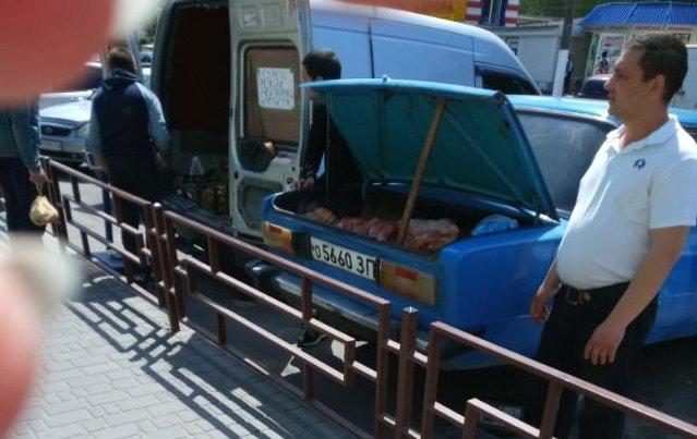 Предприимчивые мелитопольцы ведут торговлю из багажников атомобилей, фото-4