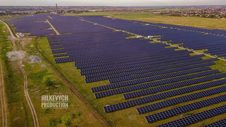 С высоты птичьего полета показали озеро Горячка и солнечную электростанцию под Мелитополем, фото-5