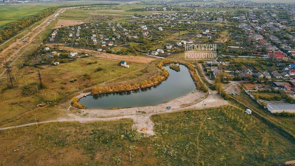 С высоты птичьего полета показали озеро Горячка и солнечную электростанцию под Мелитополем, фото-2