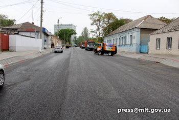 В Мелитополе завершился масштабный ремонт одной из дорог, фото-2