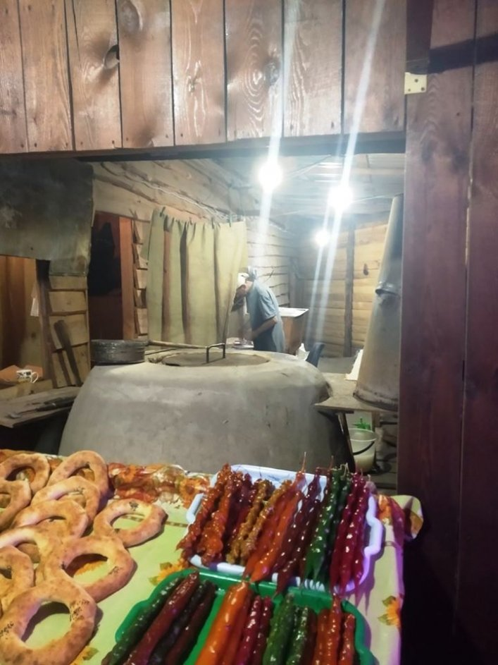 Повара-нелегала из Кирилловки депортировали в Таджикистан, фото-3