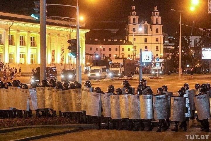 Жители Белоруси протестуют против оккупации власти Лукашенко, фото-4