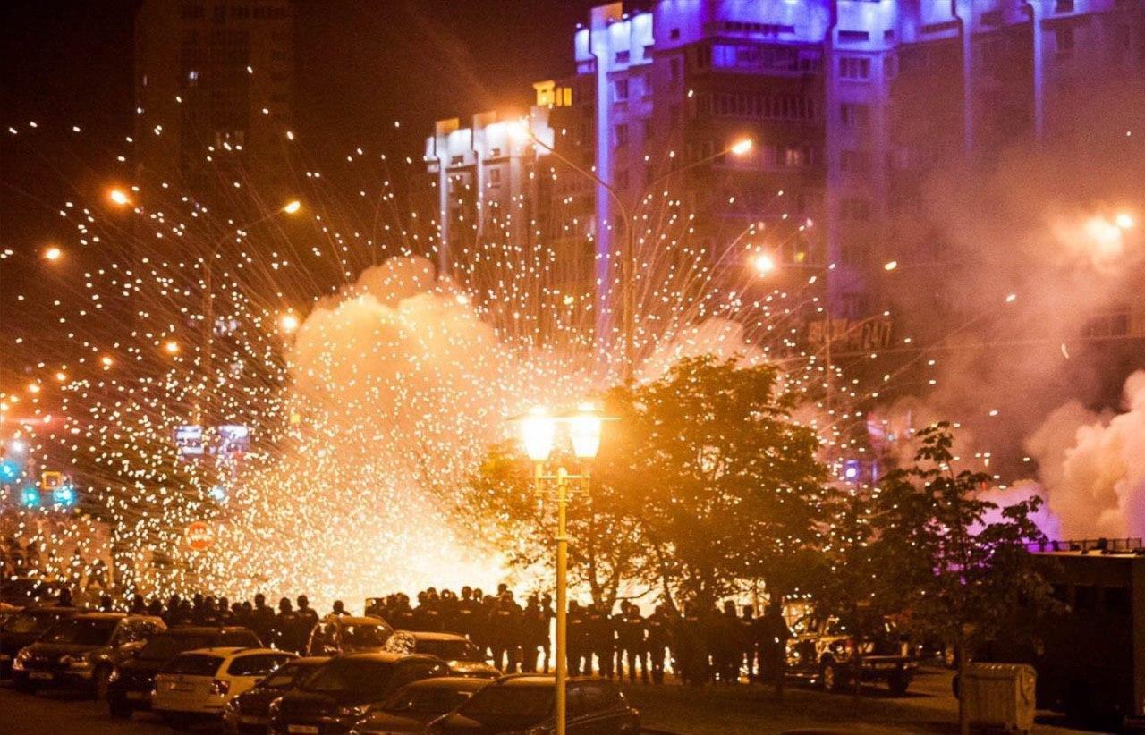 Жители Белоруси протестуют против оккупации власти Лукашенко, фото-8