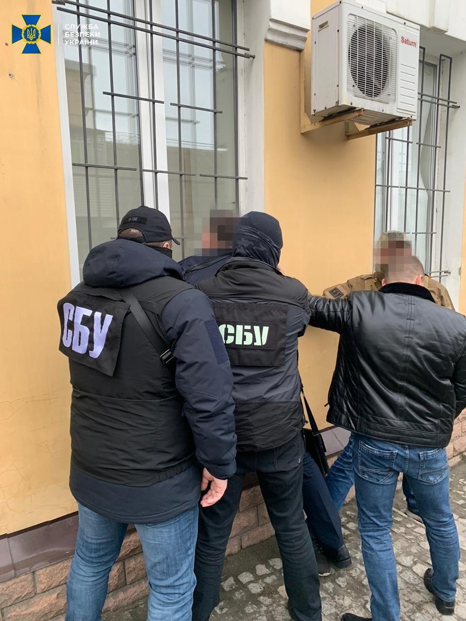 В Запорожье военный прокурор пойман на взятке, фото-4