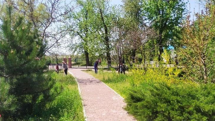 В Мелитопольском районе идут работы по благоустройству мемориальных комплексов, фото-5
