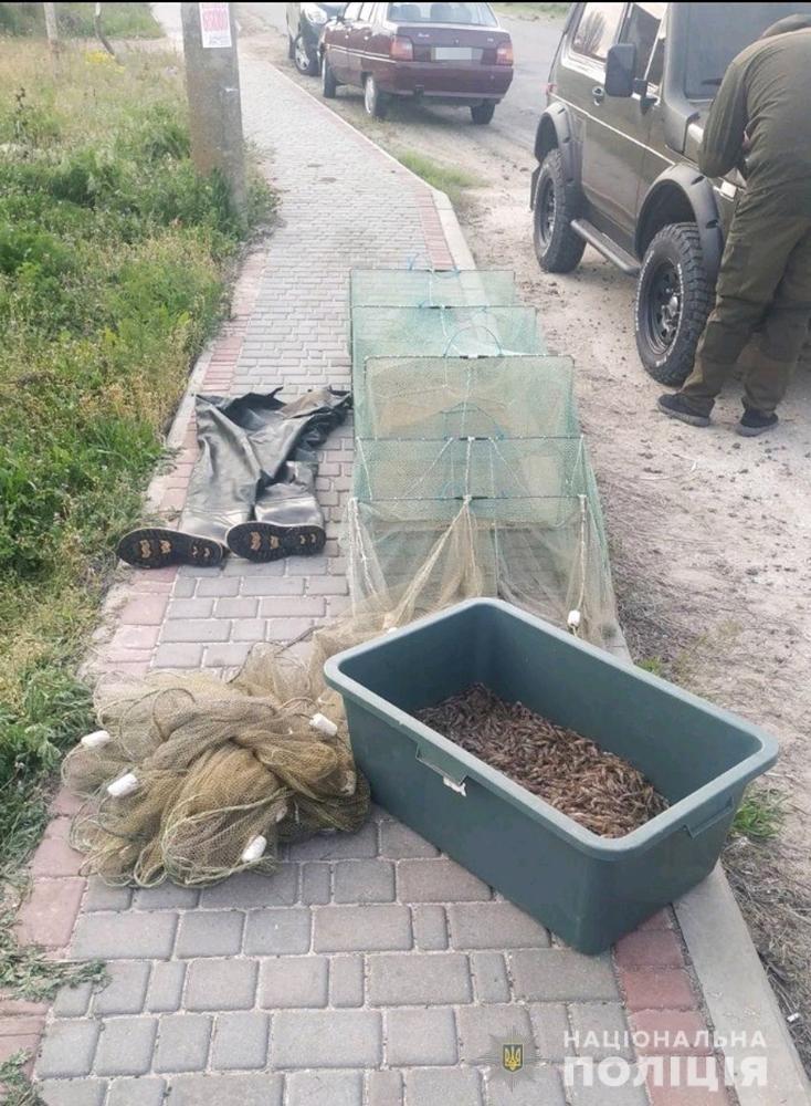 В Мелитопольском районе водная полиция изъяла у браконьера 15 кг креветки, фото-3