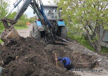 В Мелитополе продолжается замена аварийного участка водопроводной сети, фото-2