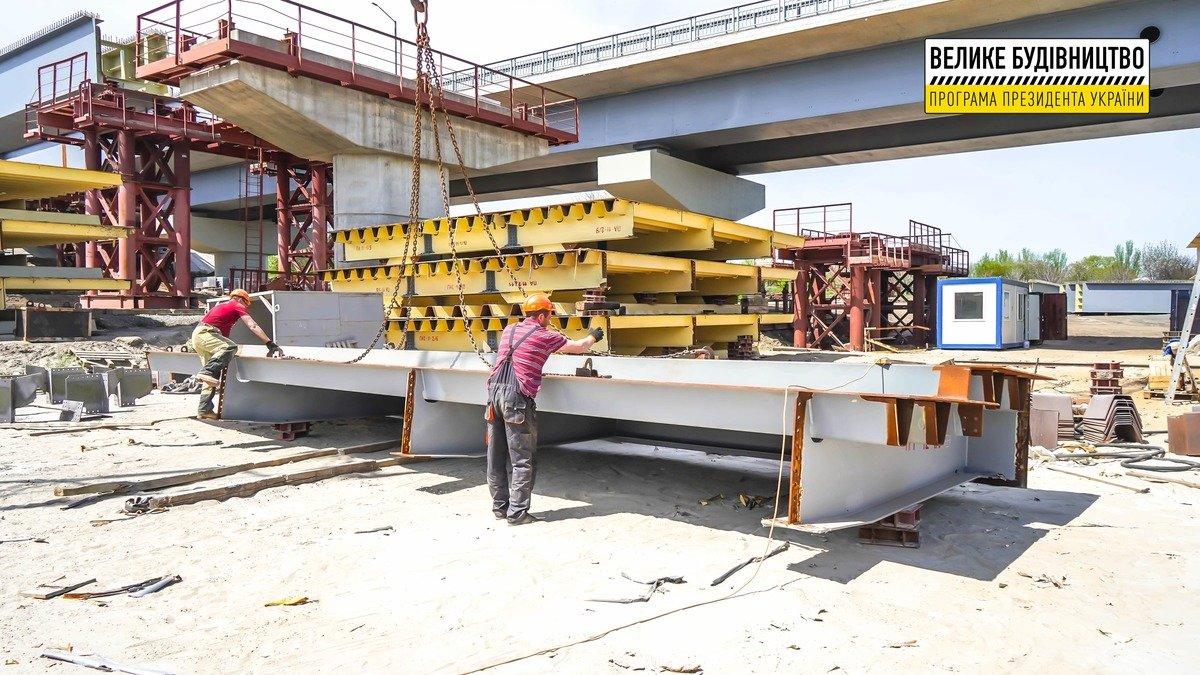 На мостах в Запорожье кипит работа (видео), фото-1