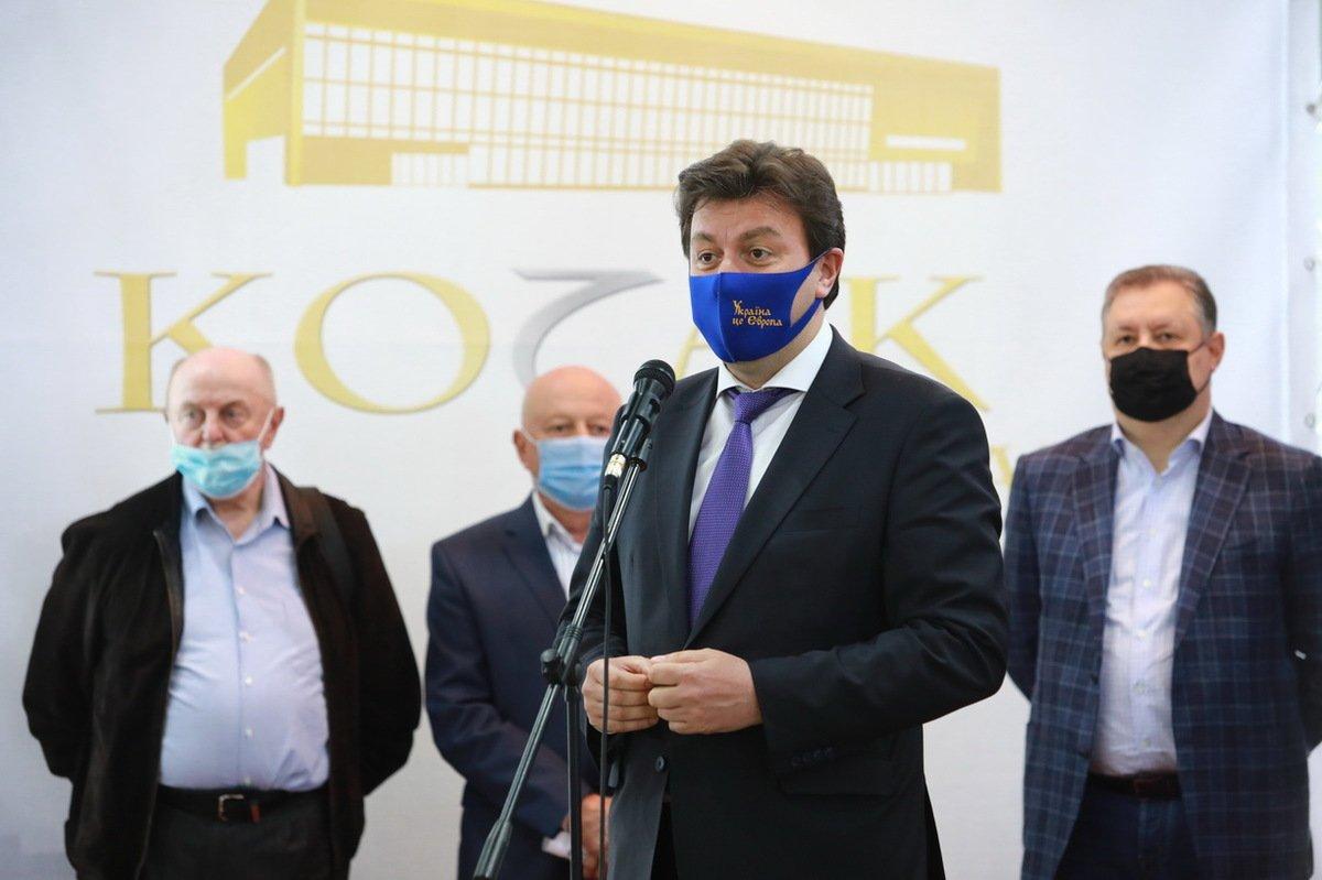 В Запорожье стартовал трехдневный промышленный форум, фото-2