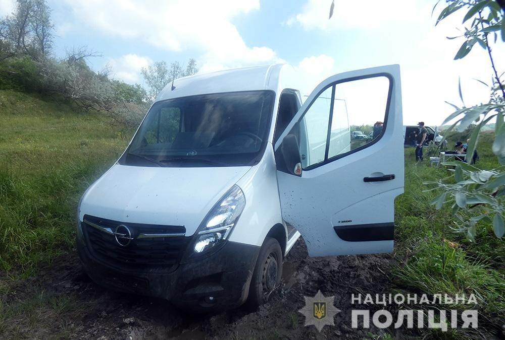 В Мелитополе задержан угонщик микроавтобуса, фото-1