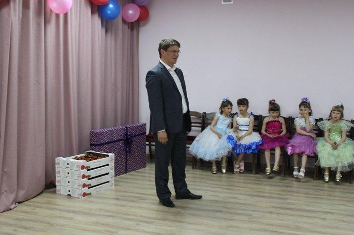 В Мирненском центре отпраздновали День защиты детей, фото-1