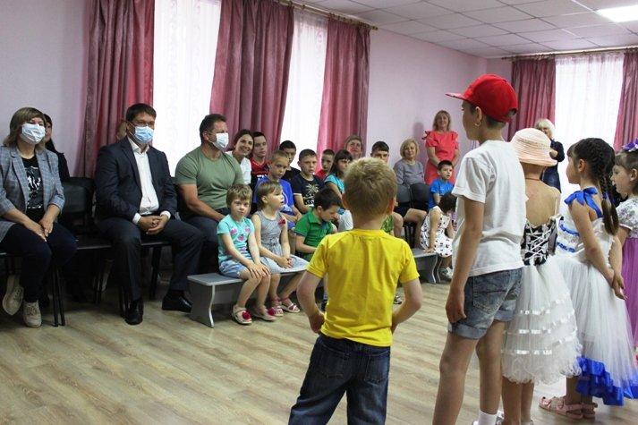 В Мирненском центре отпраздновали День защиты детей, фото-3